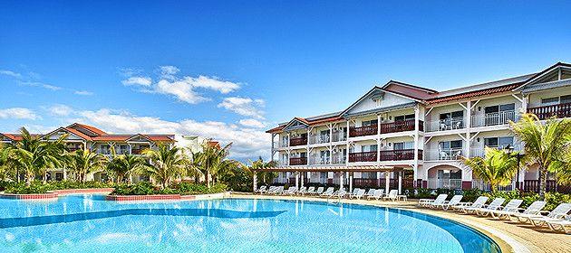 Hotel memories azul beach resort all inclusive 5 star for 5 star cuban hotels